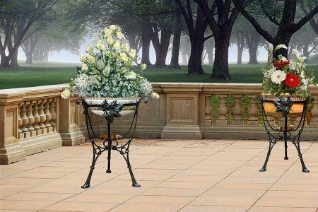 Odlewy aluminiowe - stojaki do kwiatów